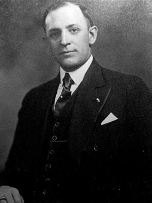 1926-1927 Herbert Acuff